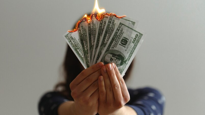 как не тратить деньги
