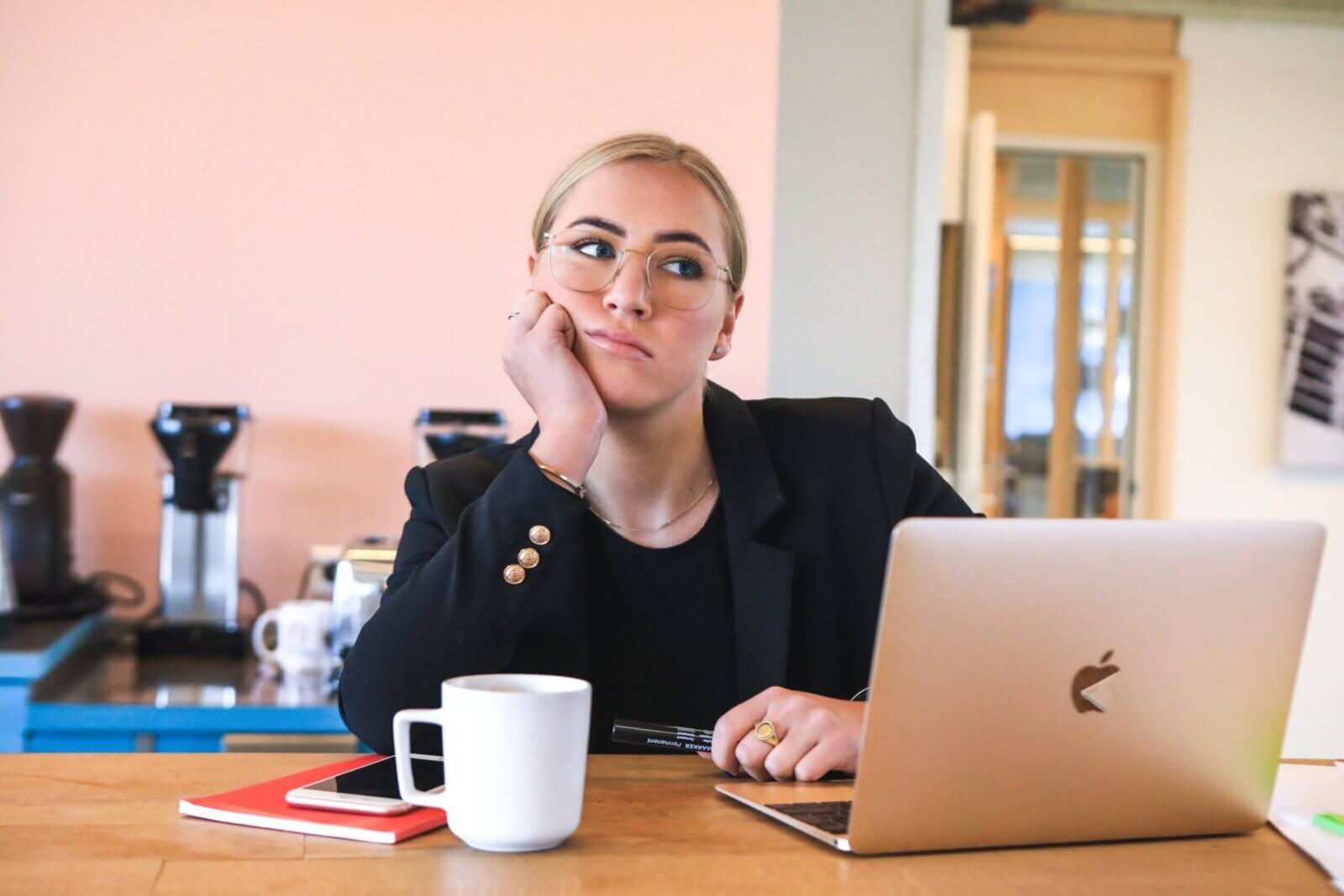Как найти работу без опыта: по специальности + советы + варианты