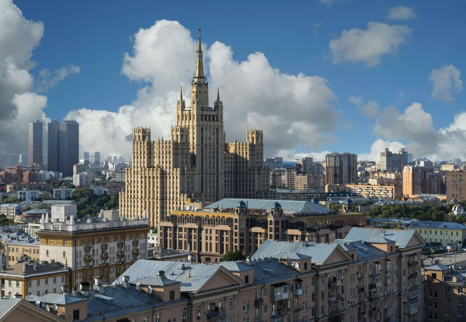 сколько зарабатывают в Москве