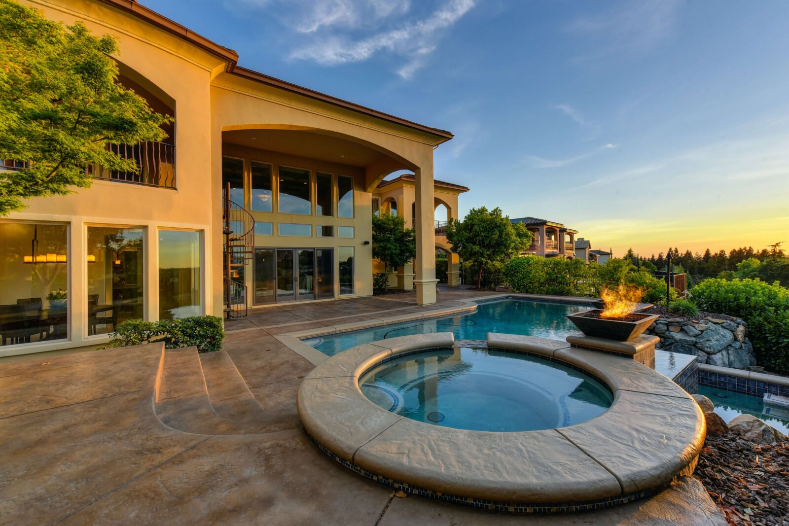 как продавать недвижимость